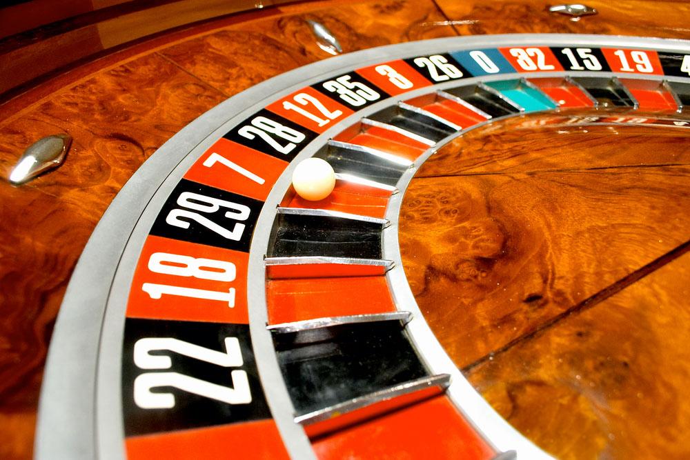 casino-roulette-wheel